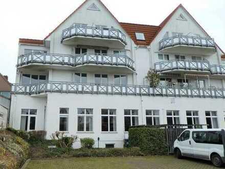 besonders schöne 3-Zimmer-Wohnung mit Gäste-WC und Südbalkon in Aumund