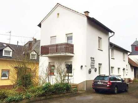 FAMILIEN-IDYLLE in reiner Luft! Altersruhesitz,eben,Randlage,Kamin+Balkon+6Zi+EBK+Bäder+2 Gärten+Hof