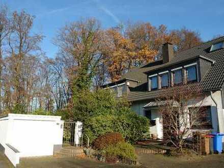Leben wie im eigenen Haus: 2-Zimmer-Erdgeschosswohnung mit Garten und Terrasse in Ratingen-Hösel!