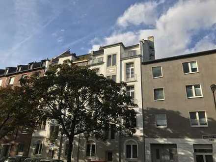 Sanierte 2-Zimmer-Altbauwohnung in toller Lage von Düsseldorf-Flingern!