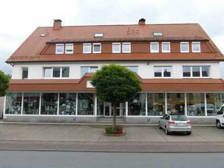 Günstige, vollständig renovierte 3-Zimmer-Maisonette-Wohnung mit EBK in Marsberg-Westheim