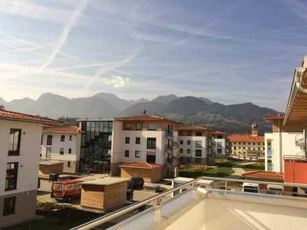 Exklusive, neuwertige 2-Zimmer-Wohnung mit Balkon und Einbauküche in Brannenburg