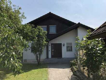 Schönes Haus mit fünf Zimmern in Töging am Inn, Kreis Altötting