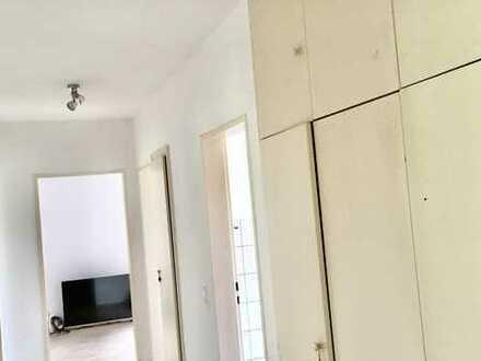 Günstige, gepflegte 4-Zimmer-Wohnung mit Balkon in Höxter