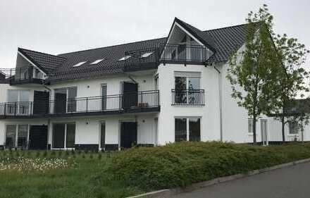 Neuwertige 3,5-Zimmer-DG-Wohnung mit Balkon in Gau-Odernheim