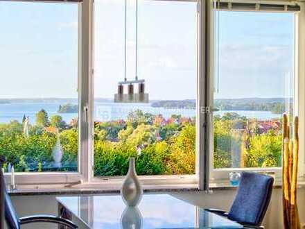 Diesen Seeblick können Sie kaufen: Moderne Wohnung in bester Lage von Plön