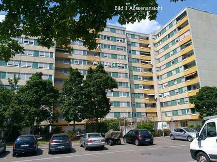 Vollständig renovierte 2-Raum-Wohnung mit Balkon in Ludwigshafen am Rhein