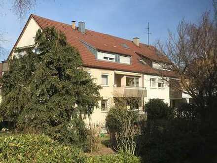Stuttgart-Luginsland: Schöne 2-Zimmerwohnung in ruhiger und gepflegter Lage