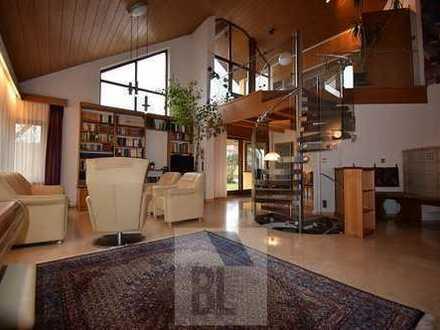 Außergewöhnliches Architektenhaus in Traumlage
