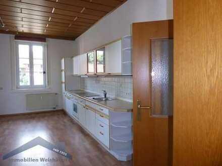 Großzügige 3 Zimmer Whg. mit EBK, Balkon und Gartennutzung im Wohnhaus