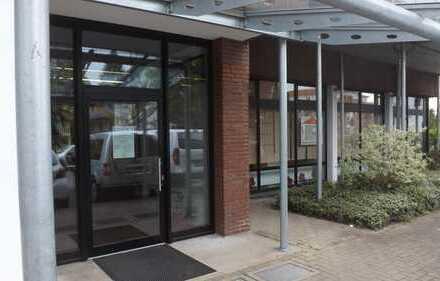 Helle und umfassend sanierte Büro (Ladenfläche), in Verkehrsgünstiger Lage