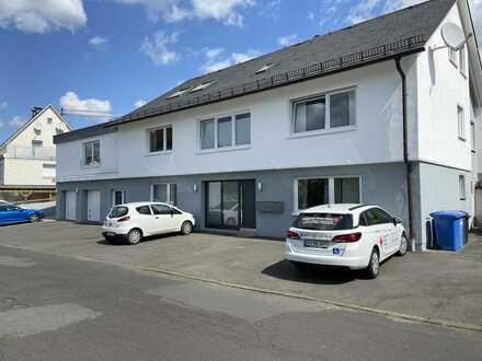 Sanierte 3-Raum-Dachgeschosswohnung mit Einbauküche in Neunkirchen