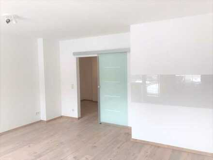 Frisch Saniert - Exklusive 3-Zimmer-Wohnung mit Balkon in Bilderstöckchen, Köln