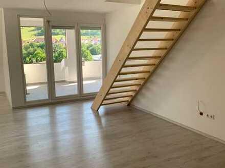 Moderne 3,5 Zimmer Dachgeschoss-Maisonette-Wohnung in Albstadt-Ebingen