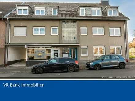 Gepflegtes Mehrfamilienhaus in Leverkusen-Hitdorf mit weiterer Kaufoption