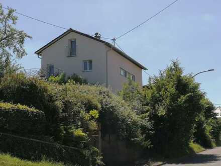 Freistehendes Einfamilienhaus in schöner und guter Lage