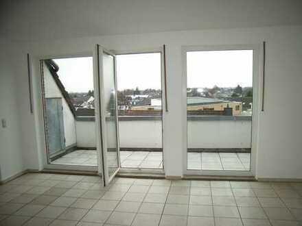 Pulheim-City, 3-Zimmer-Dachterrassenwohnung mit Tiefgarage und Einbauküche