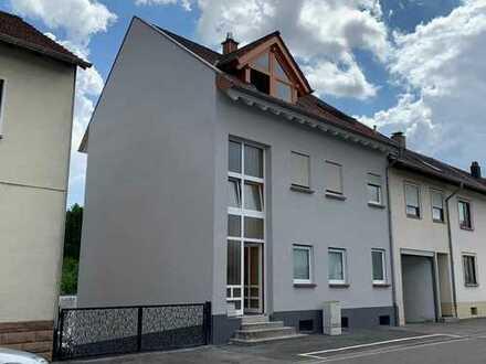 Helle, offene Maisonette-Wohnung im ZFH