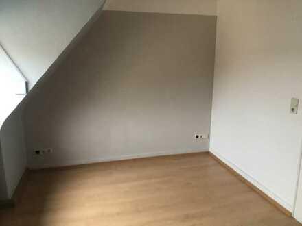Preiswerte 3-Zimmer-Wohnung in Eisenberg (Pfalz)