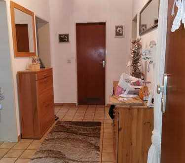 Wohnen im schönen Eickel - 3,5 Raum-Wohnung mit Balkon und Garage