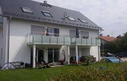 2,5-Zimmer-DG Whg mit EBK und Balkon in Geltendorf, 2 min zu Fuß zum Bahnhof