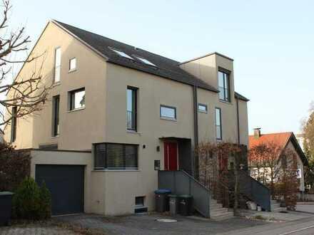 Haus mit großer Südterrasse in guter und ruhiger Lage von Böblingen