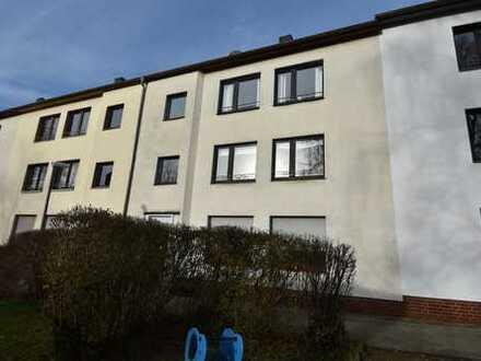 Helle Wohnung mit Balkon in ruhigem Dreifamilienhaus in bester Südviertellage