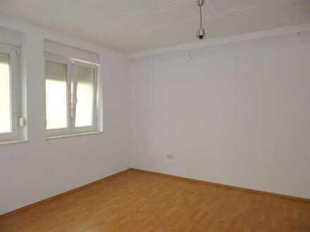 2Z EG Wohnung in zentraler Lage