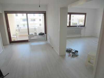 4 Zimmer-Wohnung mit Loggia/Balkon, TG-Stellplatz mit 116 qm Wohnfläche