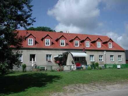 Mehrfamilienhaus in reizvoller- waldreicher Gegend