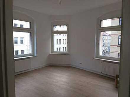 Erstbezug nach Sanierung: 2-Zimmer-Wohnung in Uninähe