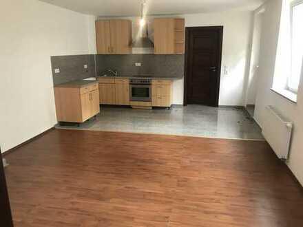 Erstbezug nach Sanierung: freundliche 2-Zimmer-Wohnung mit Einbauküche in Hagen