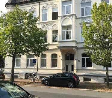 Gepflegte 2-Zimmer-Hochparterre-Wohnung mit EBK in Wilhelmshaven