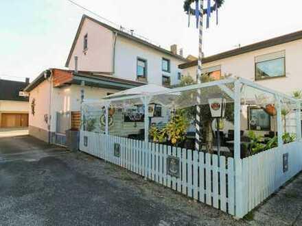 Für Investoren: WGH mit vermieteter Gaststätte in verkehrsgünstiger, naturnaher Lage