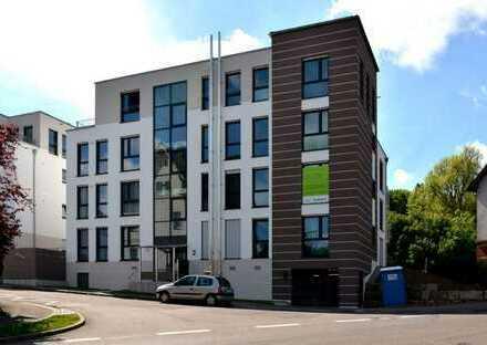 Neuwertige 2-Zimmer EG-Wohnung mit Terrasse, Garten, Tiefgaragenstellplatz und Einbauküche