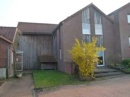 Großzügiges Einfamilien-Kettenhaus in Kiel-Heidenberg, direkt am Domänental, befr. bis Sommer 2022