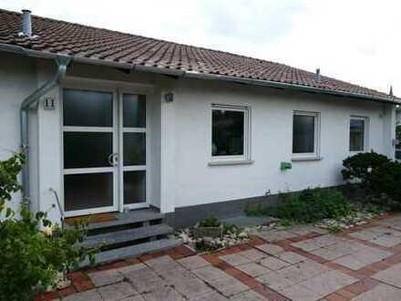 Friedelsheim: Gepflegtes EFH mit großem Grundstück in ruhiger, begehrter Lage