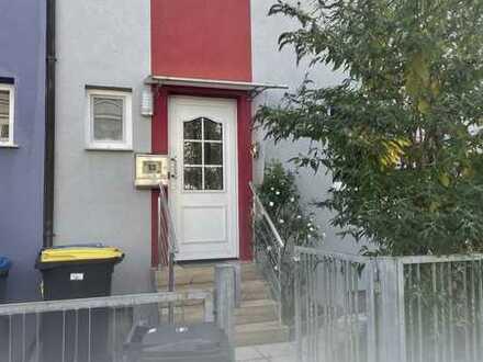 Modernisiertes 4-Zimmer-Haus mit EBK in Heilbronn