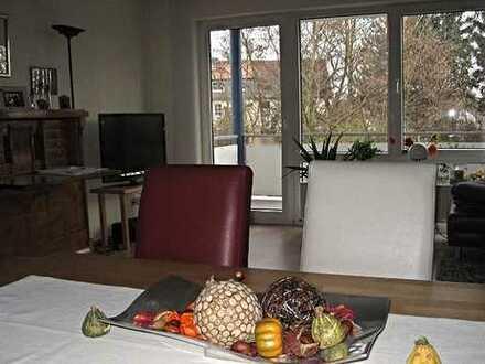 Kurzfristig frei: Schöne 2-Zimmer-Wohnung mit Balkon in ruhiger Lage