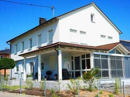 3-Zimmer-Erdgeschoss-Wohnung auf dem Land mit toller Aussicht zu vermieten