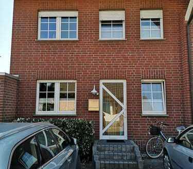 Reihenhausähnliche Wohnung in ruhiger Wohnlage