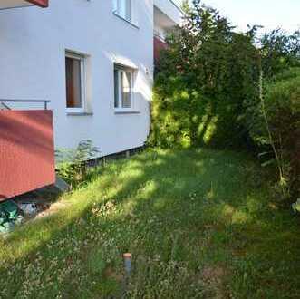 Helle, großzügige Drei Zimmer EG Wohnung mit Garten / bright, spacious 3 room appartment with garden