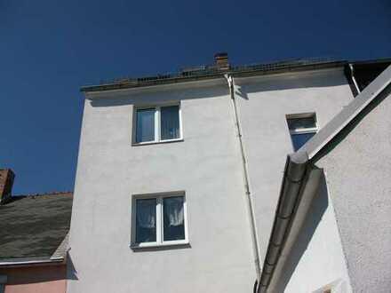 Haus mit sieben Zimmern Hohenstein-Ernstthal