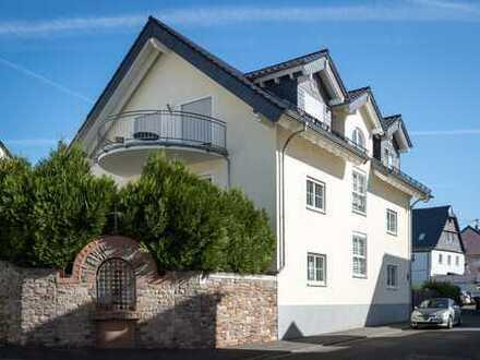 Modernes, großzügiges Einfamilienhaus in beliebter Lage von Rüdesheim.