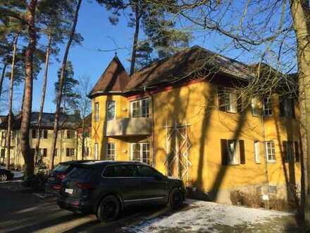 Sonnige und freundliche 3-Zimmer-Wohnung mit Balkon in Bad Saarow in der Ahornallee