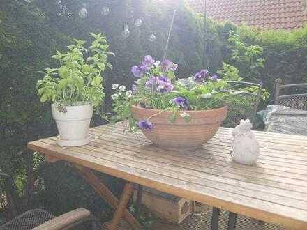 29_EI6433 Renovierte, sonnige 2-Zimmer-Gartenwohnung in ruhiger Lage / Neutraubling