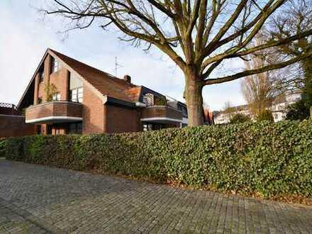 *Frisch saniert*: Große Erdgeschoss- Maisonette-Wohnung mit 2 Bädern und Garten