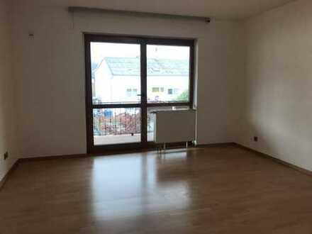 Ramstein - Mackenbach, 4 ZKB, Einbauküche, Tageslichtbad, Garage, Balkon