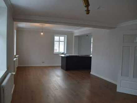 Erstbezug nach hochwertiger Sanierung 6-Zimmer Maisonettenwohnung in Brand-Erbisdorf
