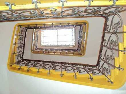 CHARMANTE 2-ZI-ALTBAU-WHG,ca.56m²,3.OG(kein Lift),beliebte TOP-LAGE SENDLING-Alramstraße-Nähe Harras